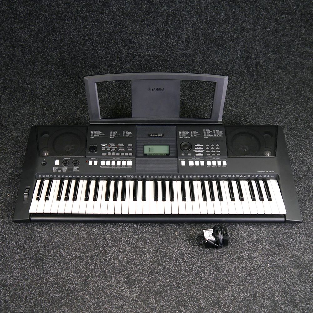 yamaha psr e423 portable keyboard 2nd hand rich tone music. Black Bedroom Furniture Sets. Home Design Ideas