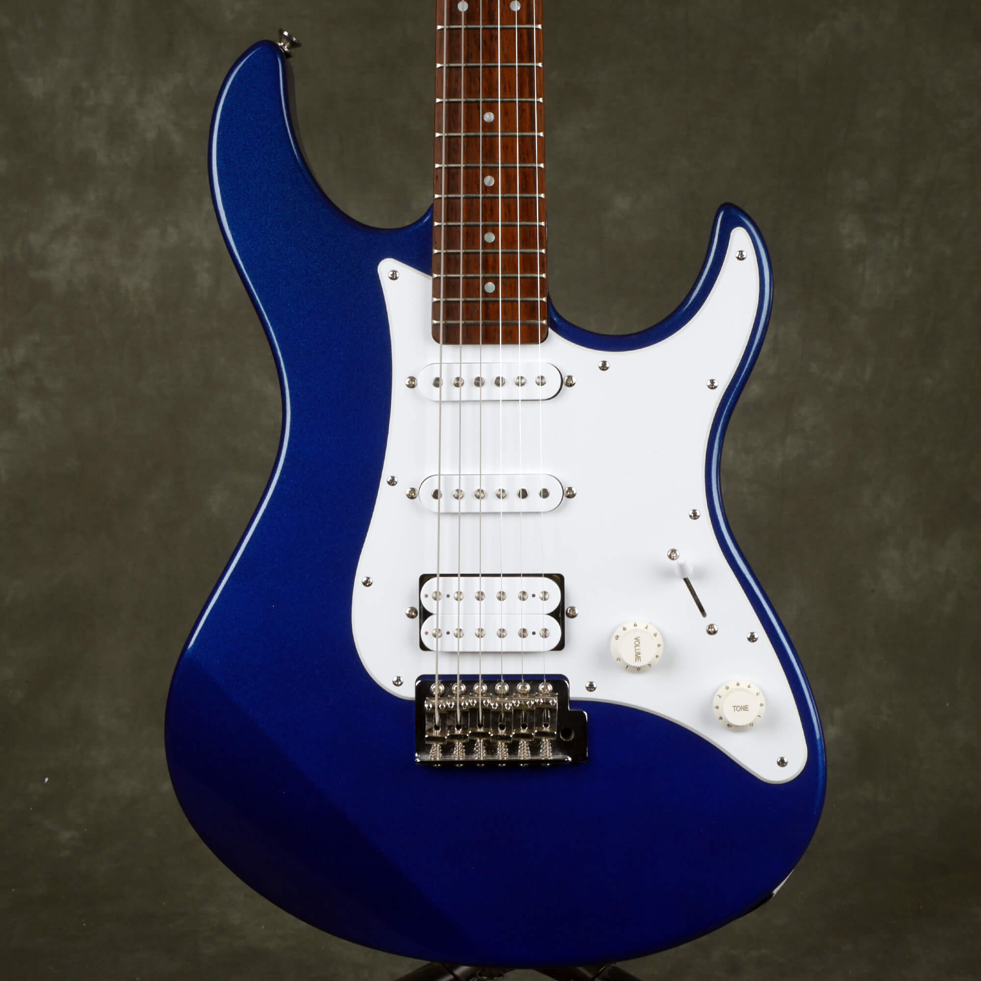 Yamaha Pacifica PAC012 HSS Electric Guitar - Dark Blue Metallic - 2nd Hand