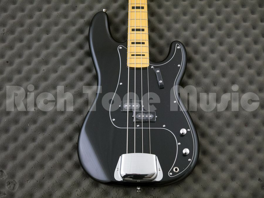 Squier classic vibe precision bass 70s mn black rich for Classic house bass lines