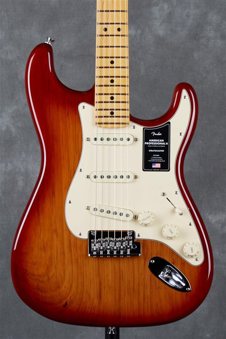 Fender American Professional II Stratocaster - MN - Sienna Sunburst