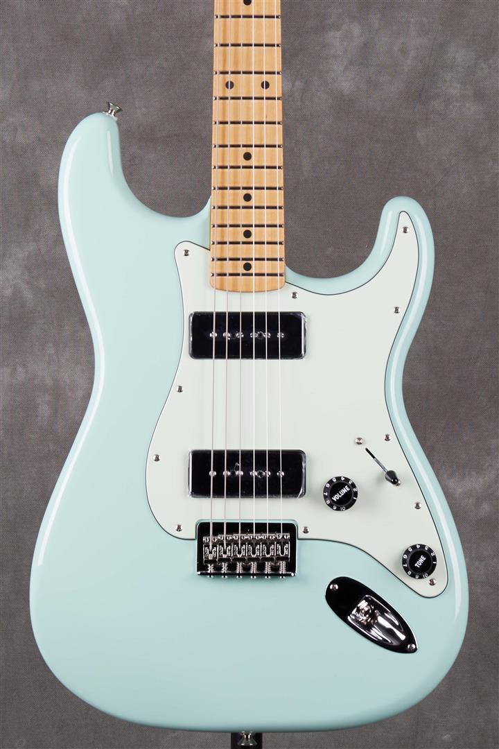 Fender Noventa Stratocaster - MN - Surf Green