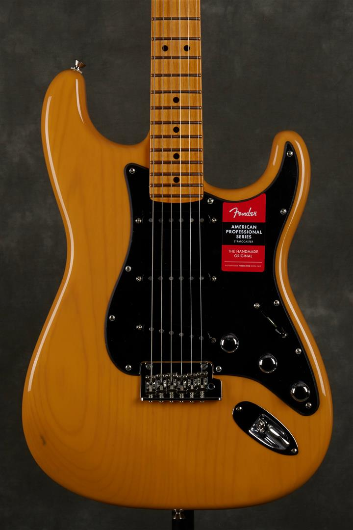 Fender Limited Edition American Pro Ash Stratocaster - MN - Butterscotch Blonde