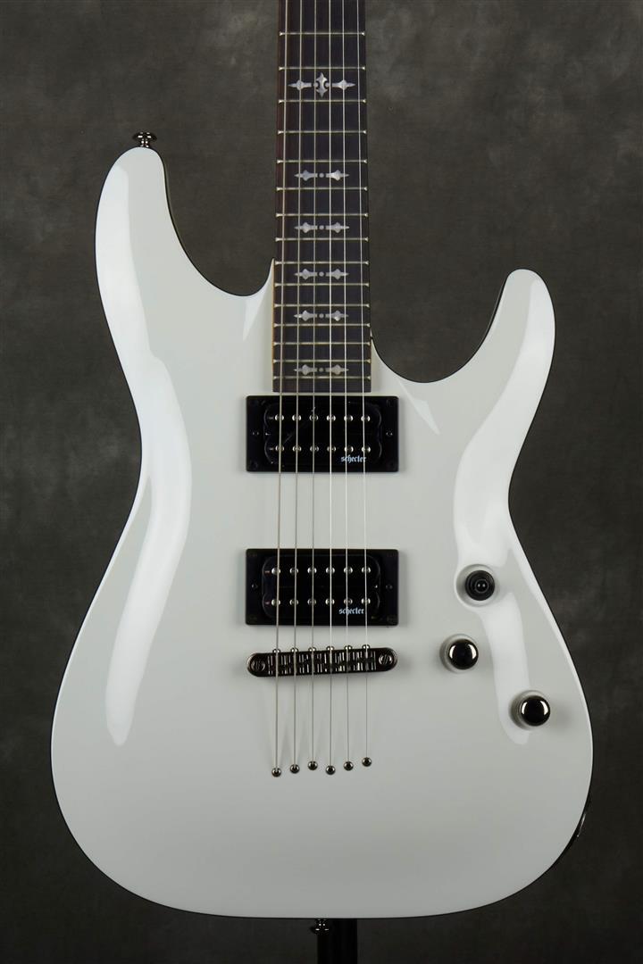 Schecter Omen-6 Electric Guitar - Vintage White